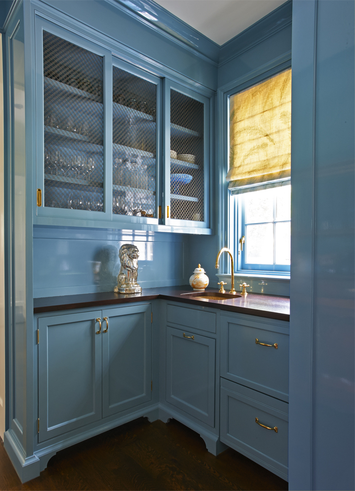Darien, Connecticut House Tour - butler's pantry in blue lacquer paint