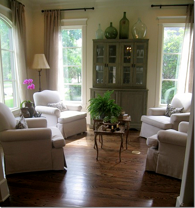 Things We Love: Seating for 4 - Design Chic Design Chic