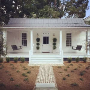 House Tour: 1889 Historic Cottage on Airbnb