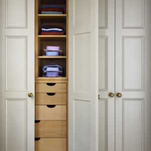 Things We Love:  An Organized Closet