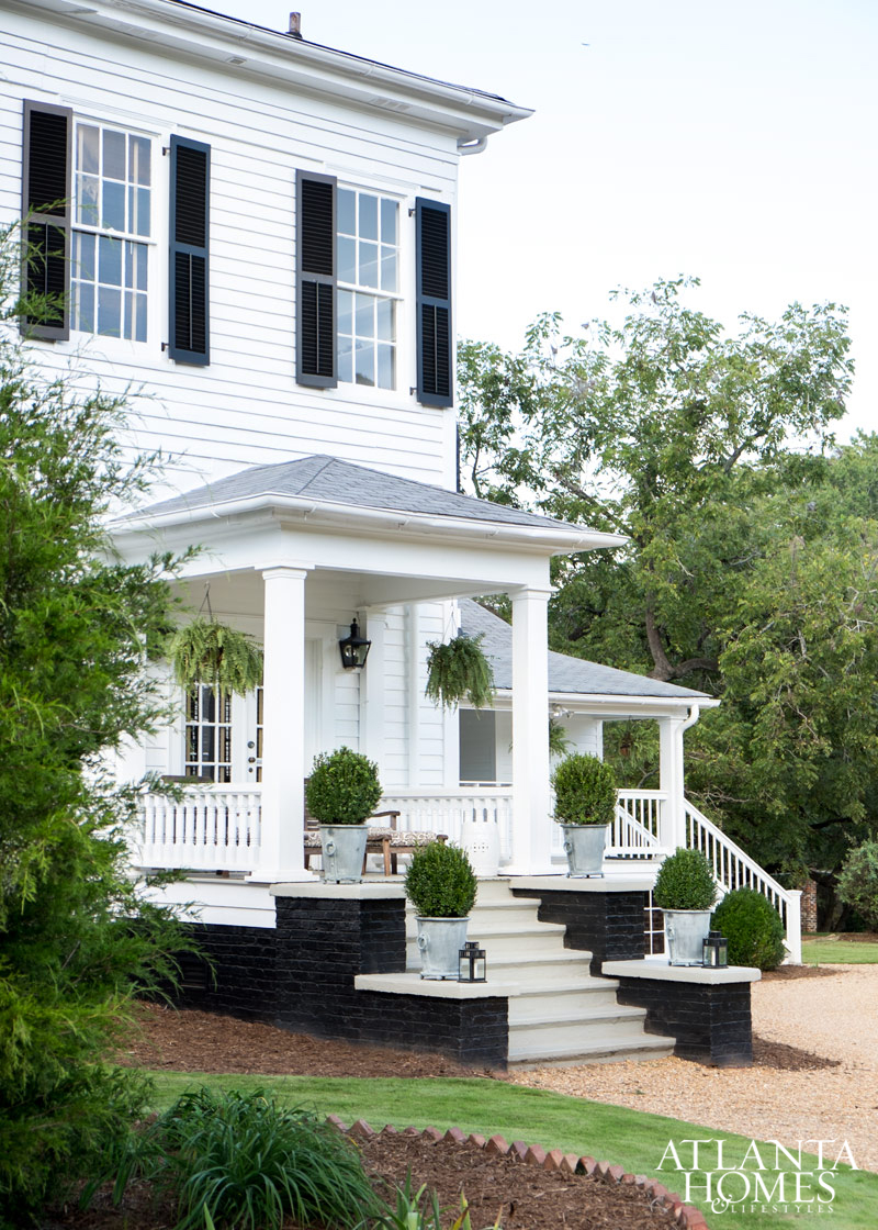 curb appeal white wood house