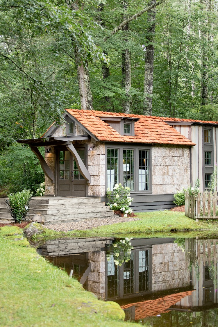 curb appeal tiny house from Jeffrey Duncan with shingles