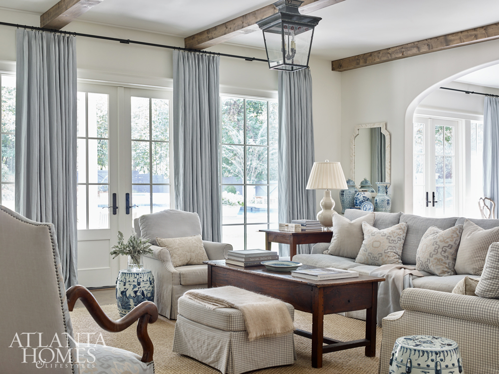 blend of old and new living room