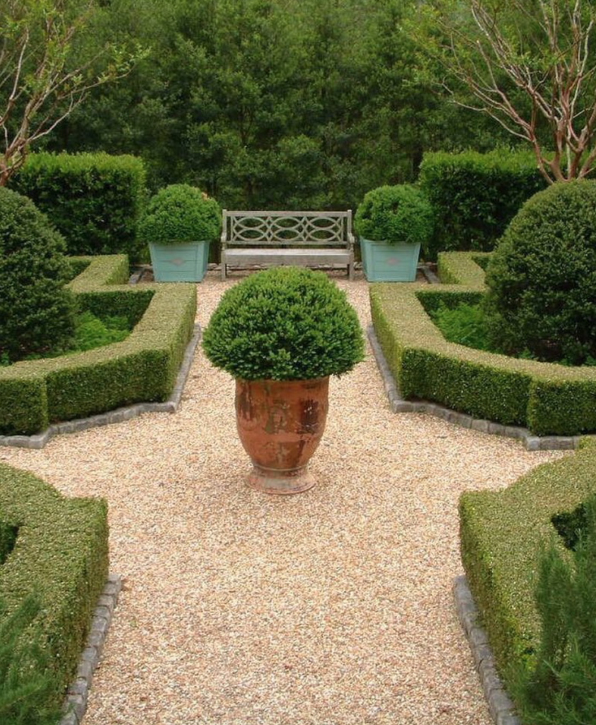 boxwood gardens with pea gravel from Loi Thai