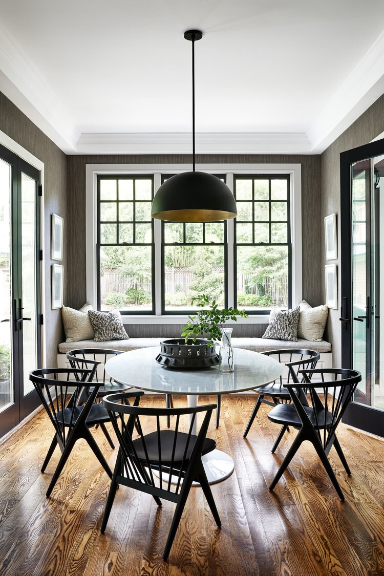 Zoe Feldman Design breakfast nook Photographer: Stacy Zarin Goldberg