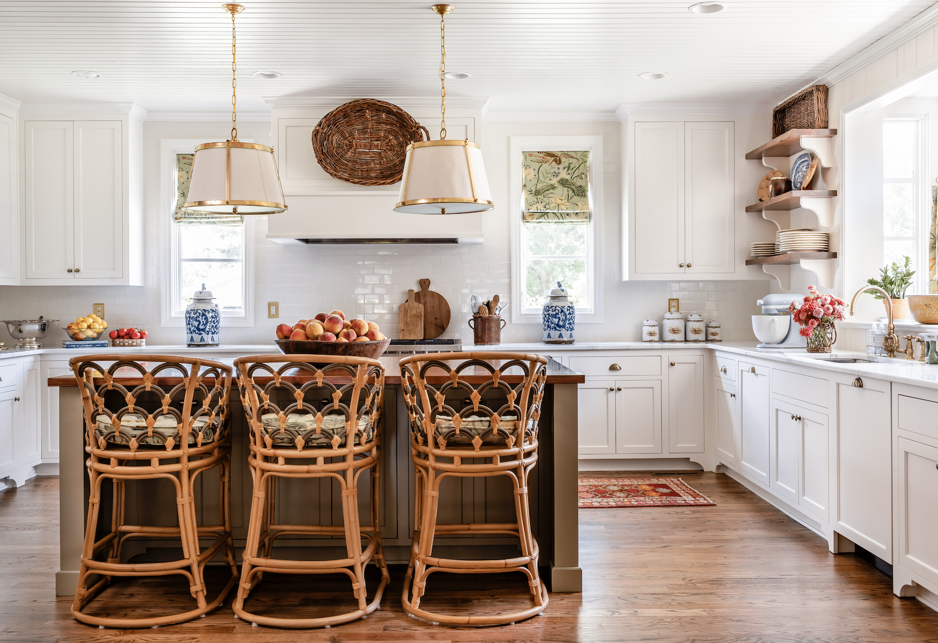 Aiken, SC James Farmer designed house tour kitchen