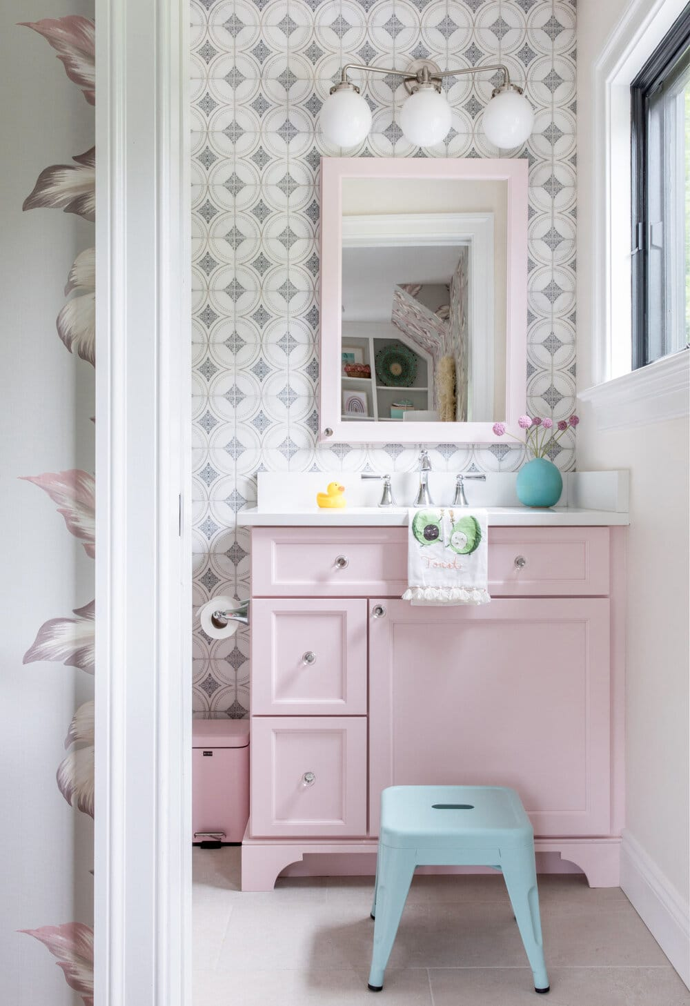 pink bathroom Raquel Langworthy Photography