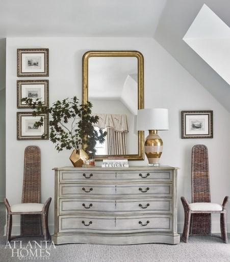 Brookwood Hills shingled house bedroom